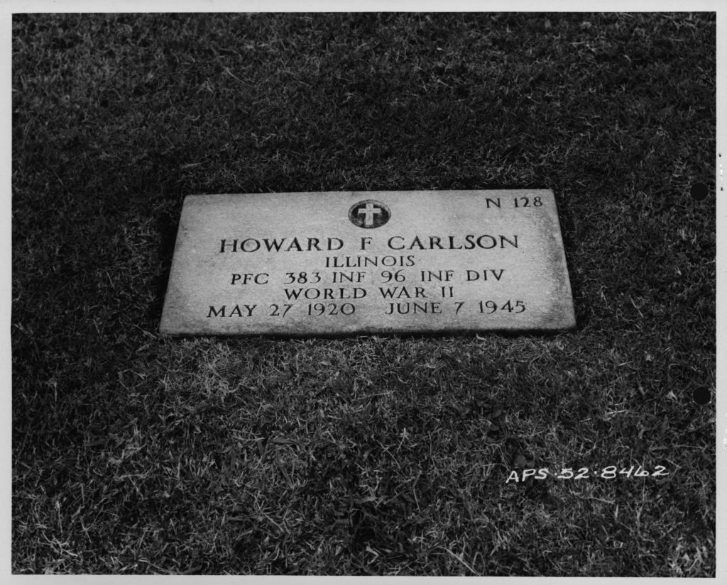 WWII period photo of grave-site from I.D.P.F.
